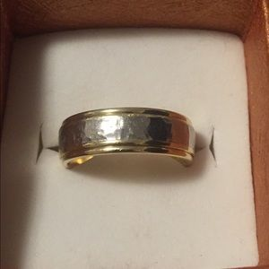 Jewelry - Platinum 18k HEAVY 15.7Gram Two Toned Band Size 11